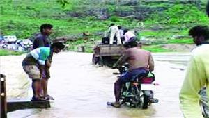 महानदी से सटे 65 गांवों में मंडराया बाढ़ का खतरा