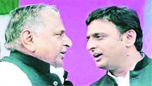 धर्मसंकट में सपा के धुरंधरसबसे कठिन दौर से गुजर रही 25 साल पुरानी पार्टी