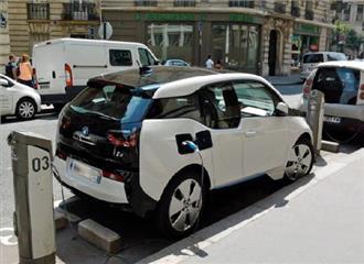 2020 तक जर्मनी की सड़कों पर होंगी 10 लाख इलेक्ट्रिक कारें
