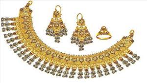 सोना 50 रुपये चमका चांदी स्थिर