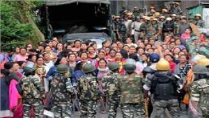 दार्जिलिंग छात्रों ने अपने घरों को लाैटना शुरू किया