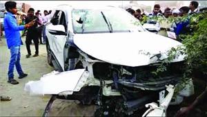 ग्रेनो में दिनदहाड़े तीन की हत्या