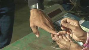 गुजरात चुनाव पहलेचरण में 70 फीसदी से अधिक मतदान
