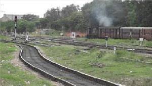 तीन माह के भीतरमीटरगेज रेल मुक्त होगागुजरात
