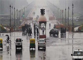 बारिश ने दी दिल्ली वालो को गर्मी से राहत