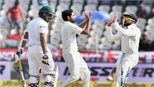 हैदराबाद टेस्ट मैच मेंभारत ने बांग्लादेश को 208 रनों से हराया