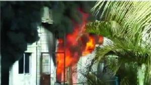 आईडिया के वेयरहाउस में लगी भीषण आग लाखों का नुकसान
