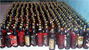अवैध शराब के साथतस्कर गिरफ्तार