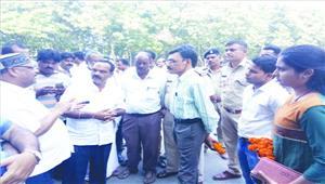इण्डेन गैस एजेंसी के खिलाफ कलेक्टोरेट का घेराव व प्रदर्शन