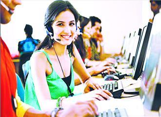 क्या भारतीय महिलाएँ सचमुच आर्थिक असमानता की शिकार हैं ?