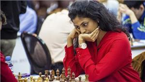 शतरंज   हरिका द्रोनावल्ली  आइल ऑफ मैन इंटरनेशनल टूर्नामेंट के चौथे दौर में हारीं