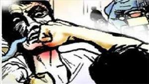 ग्रामीणों के साथ झड़प में 8 पुलिसकर्मी घायल