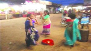 खरोरा क्षेत्र में सुआ नृत्य की धूम