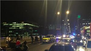 लंदन में ब्रिज पर आतंकी हमला  छह की मौत तीन संदिग्ध भी मारे गए