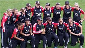 विश्व कप के बाद इंग्लिश महिलाओं की नज़र एशेज पर