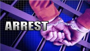 महिला पार्षद कापति प्लंबर से रिश्वत लेतेरंगे हाथों गिरफ्तार
