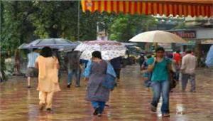 मध्यप्रदेश में बारिश का मिला-जुला असर