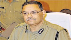 नागरिकों और पुलिस के बीच बेहतर संवाद से ही सफल पुलिसिंग सम्भव है डीजीपी ऋषि कुमार शुक्ला