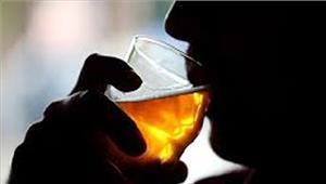 महोबाजहरीली शराब का सेवन करने से युवक की मौत