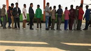 मणिपुरशुरुआती घंटों में 25 फीसदी मतदान