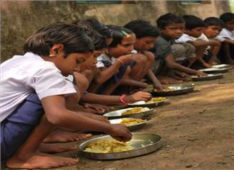 मध्यान्ह भोजन बच्चों का एक महत्वपूर्ण अधिकार