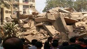 मुंबई जर्जर चार मंजिलाइमारत ढही 11 की मौत