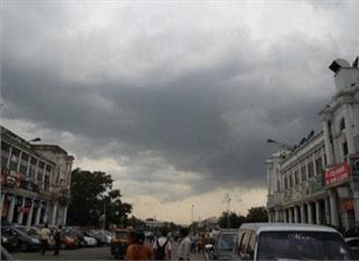 दिल्ली में मौसम सुहावनातापमान 274 डिग्री सेल्सियस दर्ज