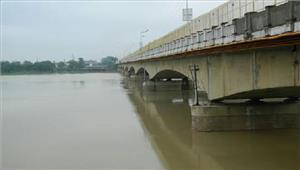 नेपाल से छाेड़ागयापानी राप्ती नदी में आ सकती है बाढ़