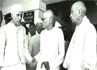 पटेल ने नेहरू को पूरा समर्थन दिया