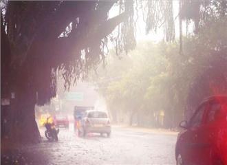 बारिश से बिहार में तापमान में गिरा
