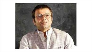 अभिनेता राजपाल यादव गठबंधन के लिए लोकदल दफ्तर पहुंचे