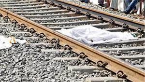 भरतपुरमें रेल पटरियों पर एकयुवक का शव बरामद