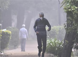 दिल्ली में बारिश से हवा में सुधार