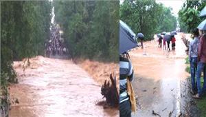 सरगुजा में नदी-नाले उफान पर