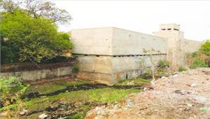 सरस्वती शिशु मंदिर का कारनामानिगम अधिकारियों पर मिलीभगत का आरोप
