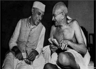 धर्मनिरपेक्ष भारत के पैरोकार थे गांधी-नेहरू