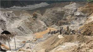 अवैध खदानों से बेरोकटोक रेत खनन और परिवहन