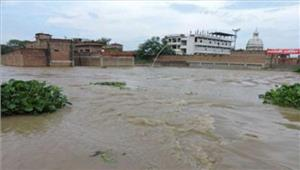 सीतापुर के25 गांव बाढ़ की चपेट में