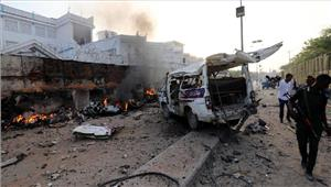 सोमालिया  रेस्तरां के बाहर बारूदी सुरंग विस्फोट 6 की मौत