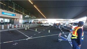 दक्षिण अफ्रीका केपटाउन अंतरराष्ट्रीय हवाई अड्डे पर गोलीबारी दो घायल