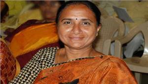 तेलुगू देशम पार्टी की वरिष्ठ नेताउमा माधव रेड्डी पुत्र समेतटीआरएस में शामिल