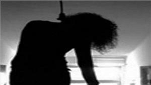 लखनऊकांस्टेबल ने फांसी लगाकर कीआत्महत्या