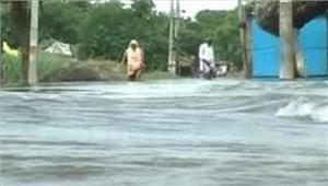 बलिया12 गांवों को बाढ़के खतरे से किया गया एलर्ट