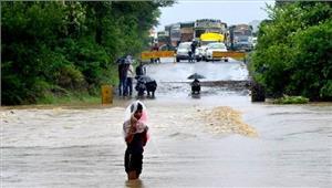 उत्तराखंड  भारी बारिश के कारणछह की मौत