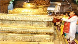 उपराष्ट्रपति वेंकैया नायडू ने की भगवान वेंकटेश्वर की पूजा