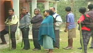 मतदान के बीच गुजरात पहुंचा अफजल