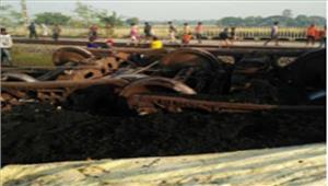ओडिशाकोयलामालगाड़ी के 14 डिब्बे पटरी से उतरे