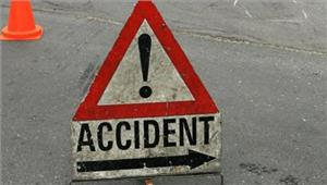 अमरेली में ट्रक-कार की टक्कर में 2 की मौत 2घायल