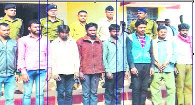 कर्नाटक में 2 माह से बंधक मजदूरों को छुड़ाया