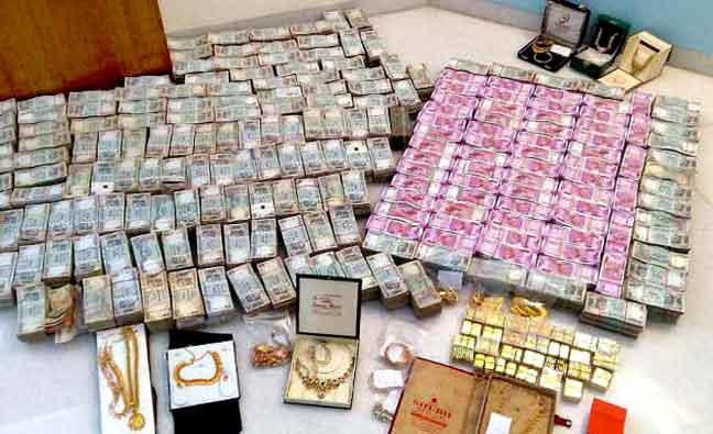 तमिलनाडु और कर्नाटक से 30 करोड़ रुपये 32 किलो सोना जब्त